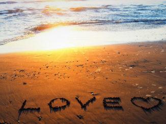 「LOVE」の画像