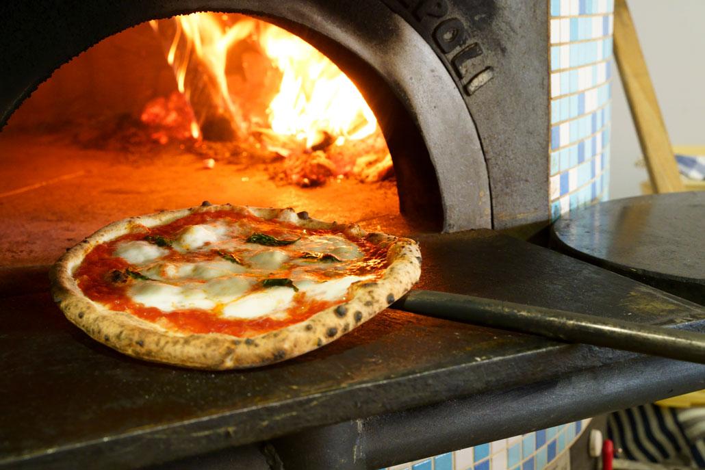 pizzeria PariarE/ピッツェリア 薪窯の写真1