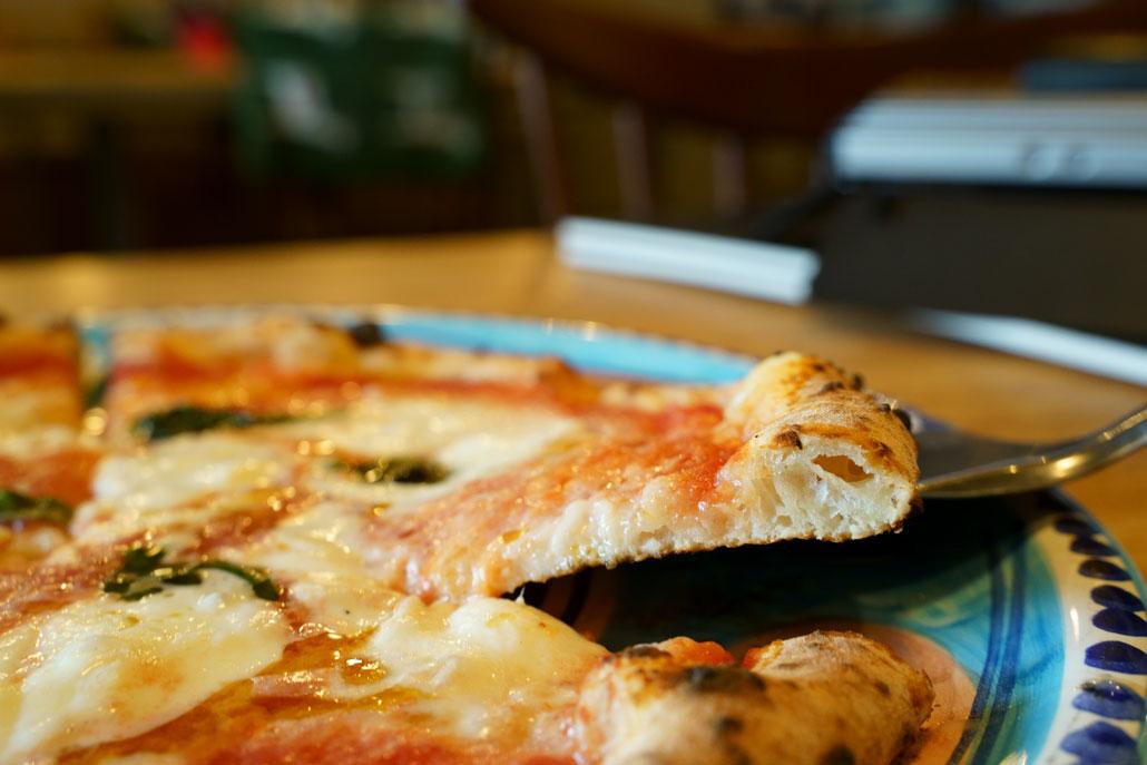 pizzeria PariarE/ピッツェリア パリアレ マルゲリータの写真アップ