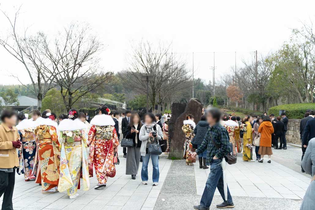 令和2年京田辺市成人式外の画像