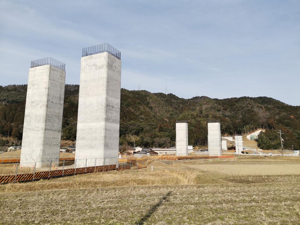 宇治田原町の新名神工事画像