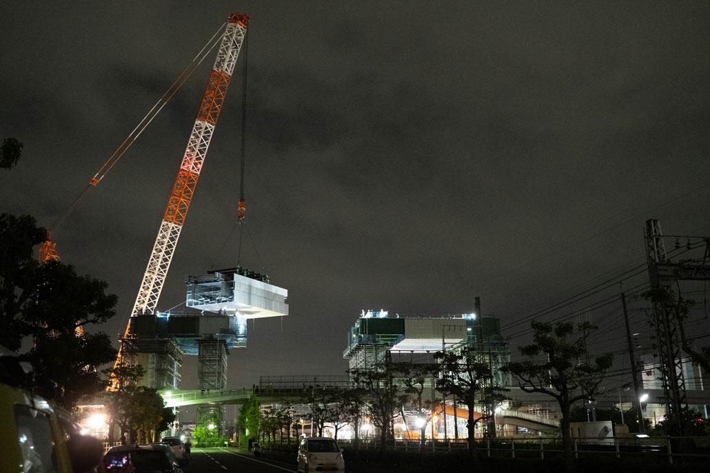 「新名神高速道路の高架橋間」画像3