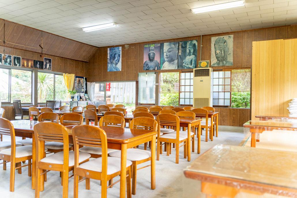 塔尾茶屋の店内画像