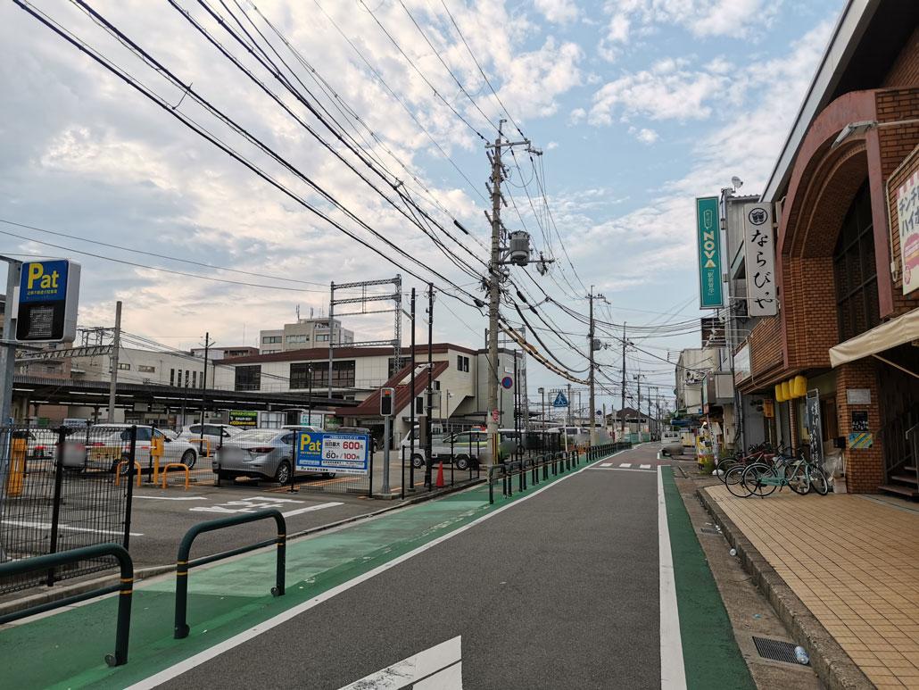 近鉄新田辺駅の近くの画像