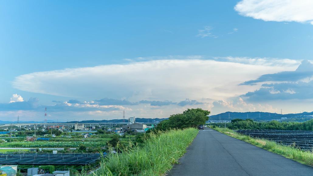 かなとこ雲の画像1