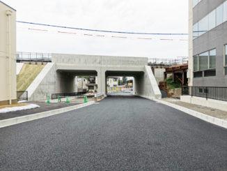 新しい道路の画像