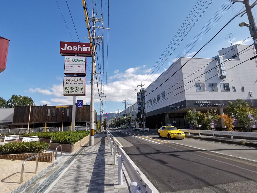 「ジョーシン 六地蔵店」行き方画像1
