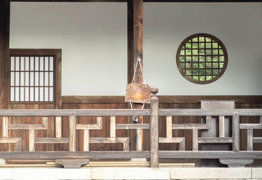 卍(まんじ)くずしの勾欄の画像