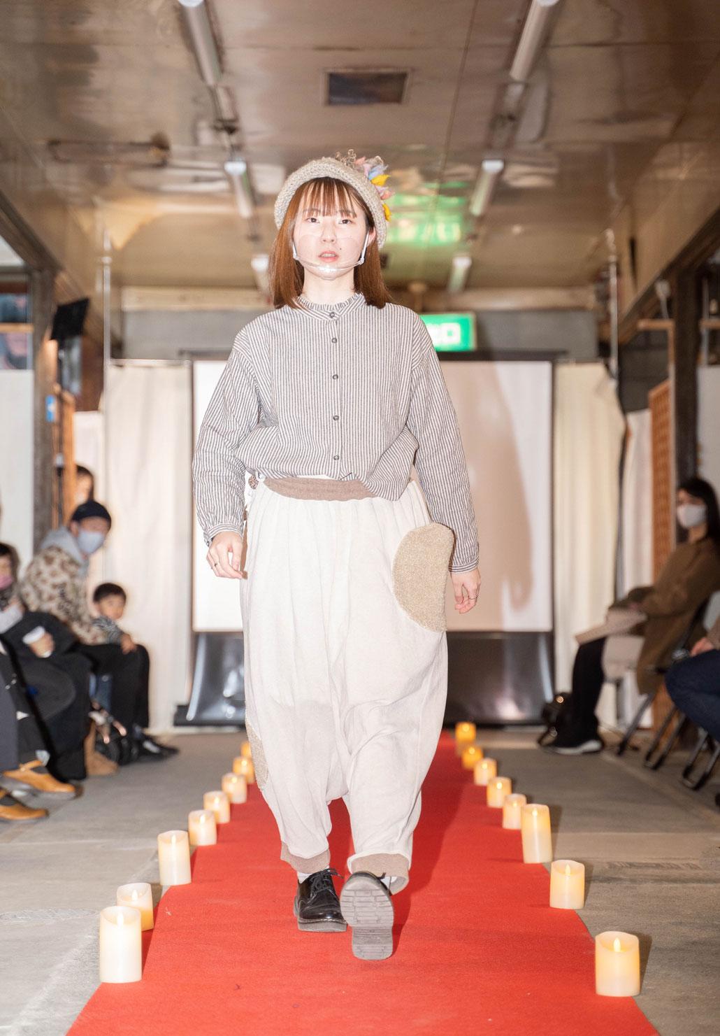 「ねこのしっぽのオンリーワンアイテム LIVE」女性モデルの画像4
