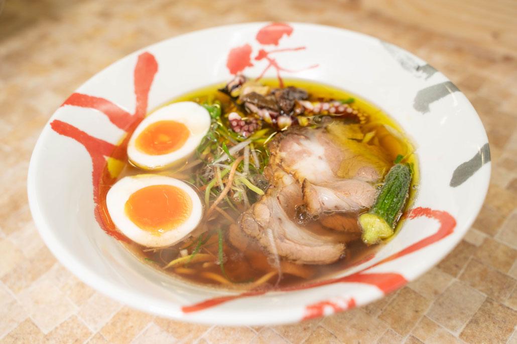 「明石蛸とポルチーニ茸のスープ」ラーメン画像