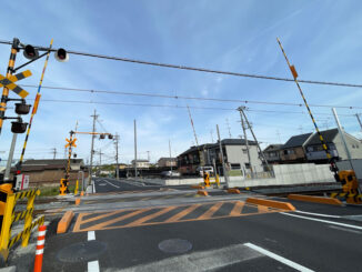 JR奈良線「久津川道」踏切