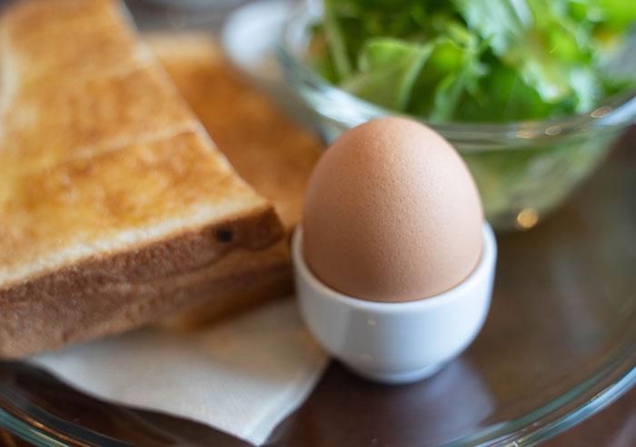 ゆで卵の画像