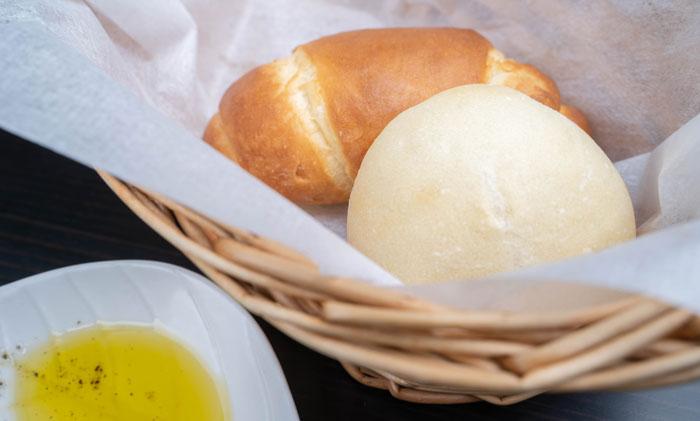 自家製パンの画像