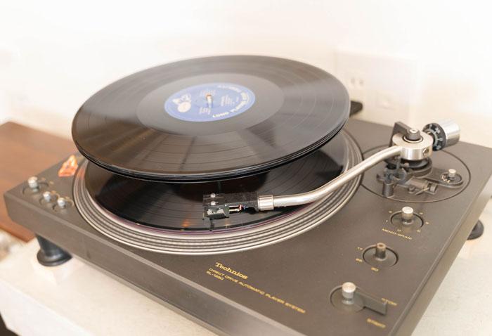 「ジャズ喫茶トレイン」レコードの画像
