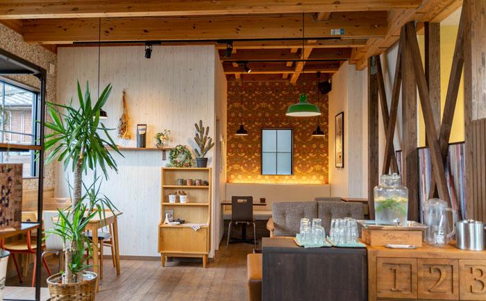 「プルンニャ カフェ」店内画像1