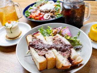 「プルンニャ カフェ」ランチとスイーツの画像1