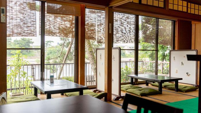 茶房「櫟」さん一階の画像