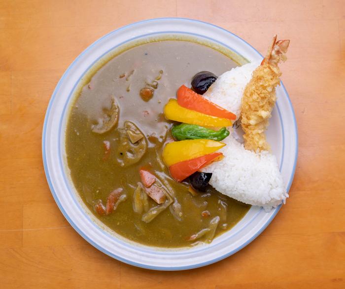 「彩り野菜の 和風グリーン天ケ瀬ダムカレー」の画像1